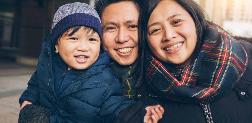 familyoutside_smiling-1-1024x500
